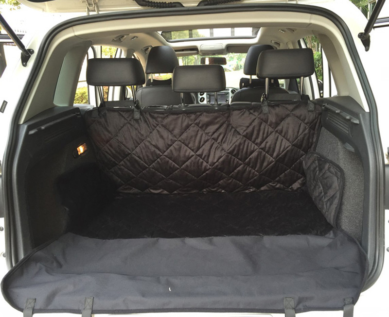 Manta para o banco de trás ou mala do veiculo quando transporta o seu cão. 6