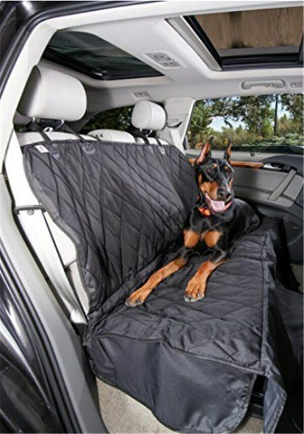 Manta para o banco de trás ou mala do veiculo quando transporta o seu cão. 1